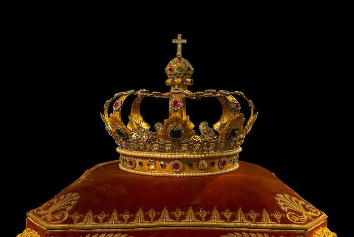 crown-759296