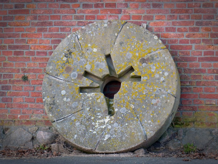 millstone-1227233_1920