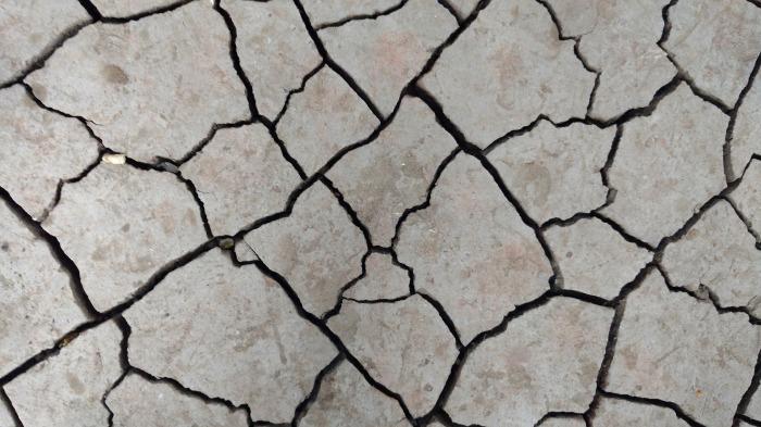 cracks-2099531_1920